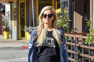 Holly Madison Holly Madison Steps Out In L.A.