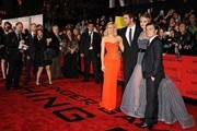 Elizabeth Banks and Josh Hutcherson Photos Photo