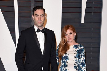 Isla Fisher Stars at the Vanity Fair Oscar Party