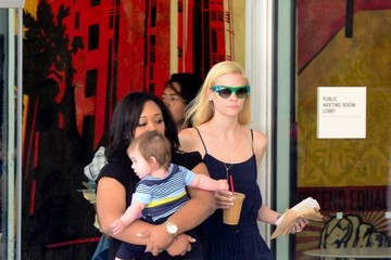 Jaime Pressly Jaime Pressly Out with Dezi