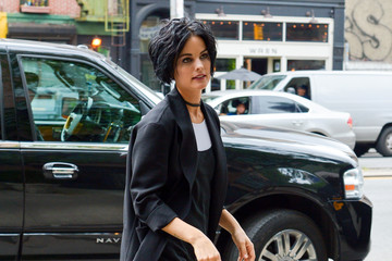Jaimie Alexander Jaimie Alexander Goes Out in a Basic Black Ensemble