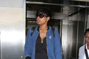 Jennifer Hudson Jennifer Hudson Takes a Flight