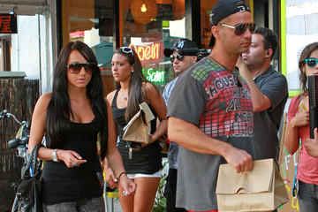Sammi Giancola  Ronnie Ortiz-Magro The Cast of 'Jersey Shore' at a Gelato Shop