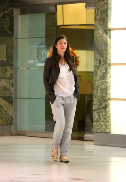 jessica biel dating life Is jessica biel pregnant insiders tell life & style that jess and husband justin timberlake — who are already parents to two-year-old silas randall timberlake — might be expecting baby no 2 her pals think jessica could be pregnant again, says the source she isn't saying anything, but.