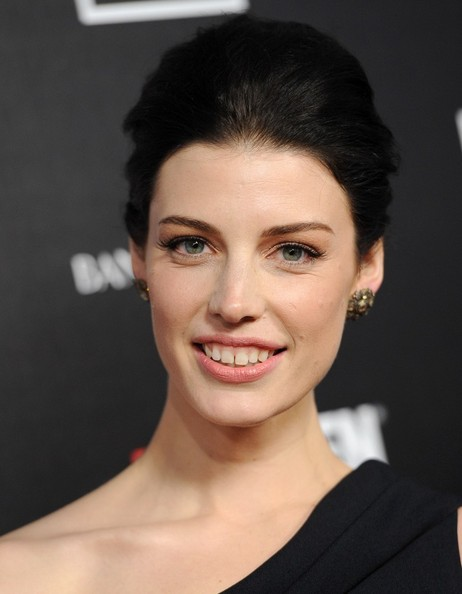 "Cadillac Evening News >> Jessica Pare - Jessica Pare Photos - ""Mad Men"" World Premiere - Zimbio"