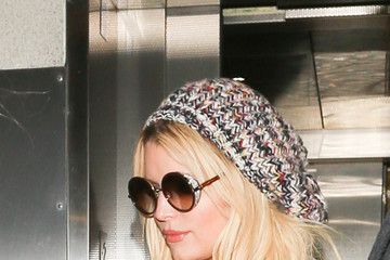 Jessica Simpson Jessica Simpson Is Seen at LAX