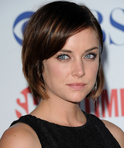 http://www1.pictures.zimbio.com/bg/Jessica+Stroup+CBS+TCA+Party+ZNdEfvHzddRl.jpg