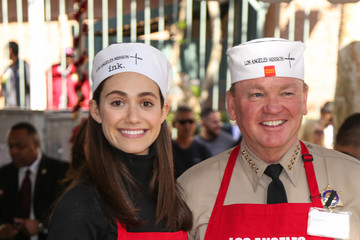 Jim McDonnell Los Angeles Mission Thanksgiving For The Homeless