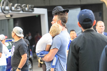 Josh Duhamel Josh Duhamel Attends The Clippers vs. Warriors Playoff Game At Staples Center