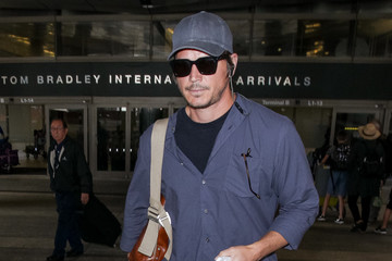 Josh Hartnett Josh Hartnett at LAX International Airport