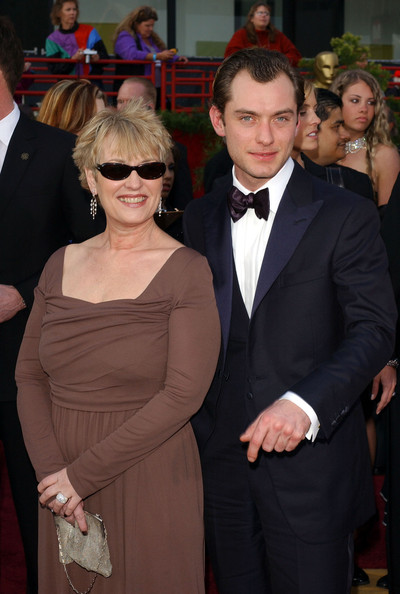 Photo of Jude Law & his  Mother  Maggie Law