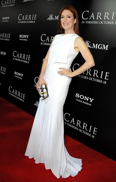 Julianne Moore - 'Carrie' Premieres in Hollywood