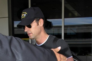 Justin Theroux Justin Theroux Seen at LAX