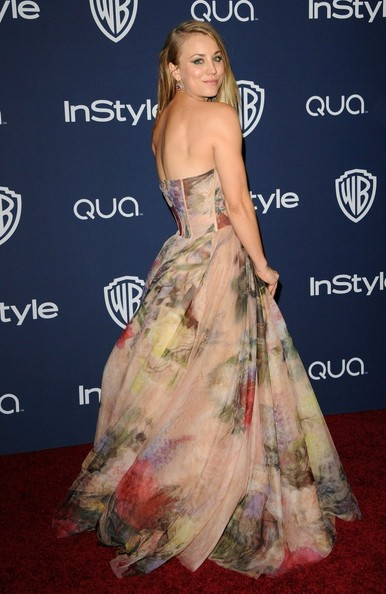 Kaley Cuoco - Arrivals at the InStyle/Warner Bros. Golden Globes Party
