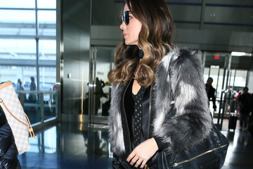 Kate Beckinsale Kate Beckinsale Takes a Flight at JFK