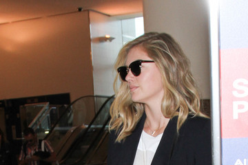 Kate Upton Kate Upton Spotted at LAX