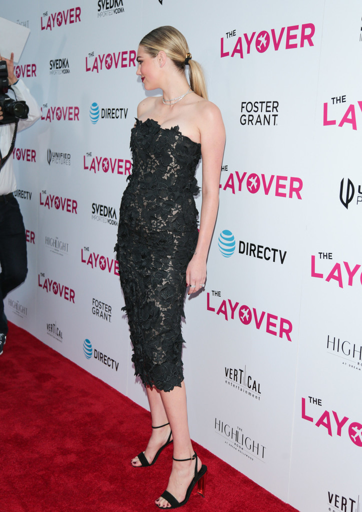 Kate+Upton+Premiere+DIRECTV+Vertical+Entertainment+XtPDkfcf_2Zx.jpg