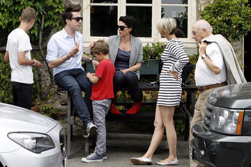 Sadie Frost Nick Grimshaw Kate Moss and Jamie Hince's Wedding Guests at The Swan Pub