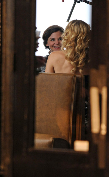 Kate Hudson and Ginnifer Goodwin film scenes for 'Something Borrowed' at Spring Lounge in SoHo.