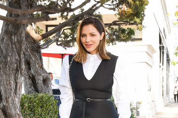 Katharine McPhee Katharine McPhee and Mom Out and About