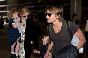 Keith Urban Nicole Kidman and Family at LAX — Part 2