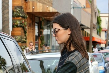 Kendall Jenner Kendall Jenner and Hailey Baldwin Out in LA