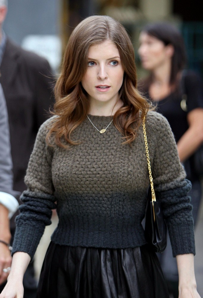 All to Know Anna Kendrick Dating Bio and Net Worth