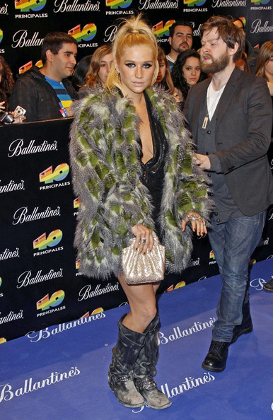 Kesha The 40 Principales Awards at the Palacio de los Deportes.