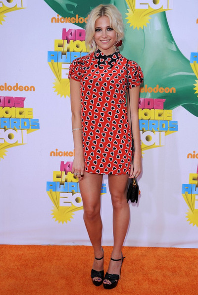 Nickelodeon's 24th Kids' Choice Awards.USC's Galen Center, Los Angeles, CA.April 2, 2011.