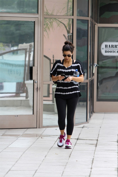 Kim Kardashian - Kim Kardashian Hits the Gym