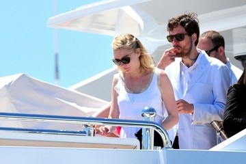 Jason Boesel Kirsten Dunst on a Yacht