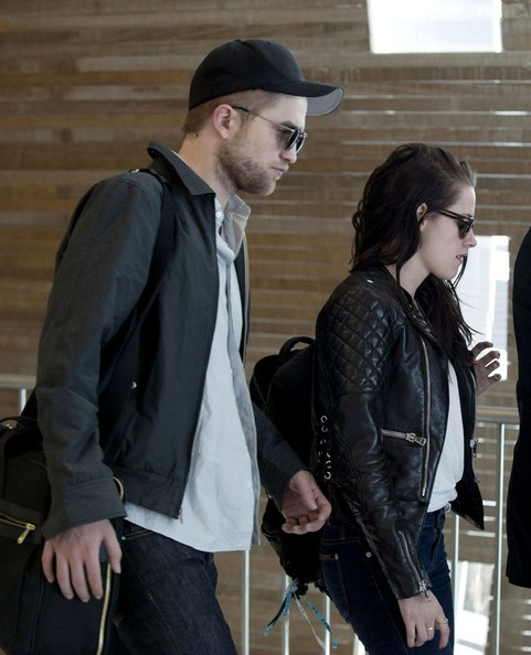 Kristen and Robert's discreet departure