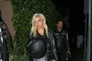Lady Gaga and Bradley Cooper Have Dinner