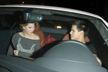 Taylor Swift Taylor Lautner Taylor Lautner and Taylor Swift in Beverly Hills 3