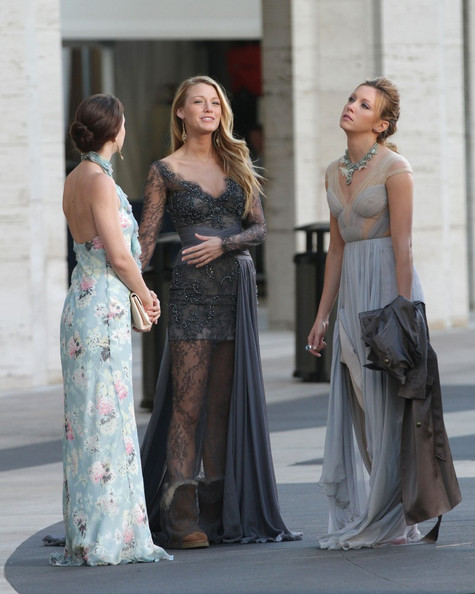 Leighton Meester and Katie Cassidy Photos Photos - 'Gossip ...