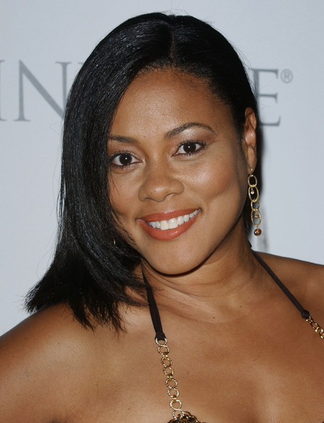 Lela Rochon Photos - A Night at The Comedy Store - Zimbio