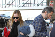 Leslie Mann and Judd Apatow hit LAX on January 19, 2017.
