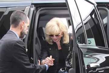 Loni Anderson Loni Anderson Hits LAX