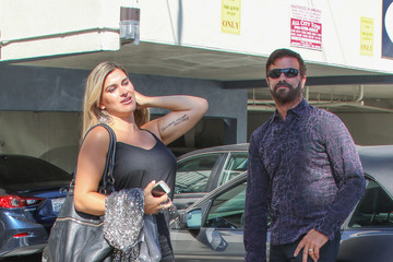 Lorenzo Lamas Lorenzo Lamas and Shawna Craig Go to the Doctor's Office