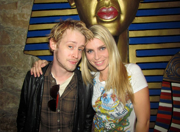 macaulay-culkin-naked-pictures-porn-galllery-mother