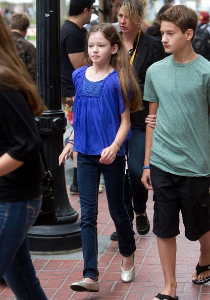 Mackenzie foy at comic con in this photo mackenzie foy mackenzie foy