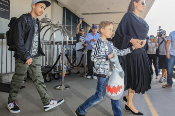 Maddox Jolie-Pitt Angelina Jolie Arrives in L.A. With Her Family