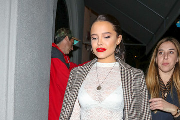 Mara Teigen Mara Teigen Outside Craig's Restaurant In West Hollywood