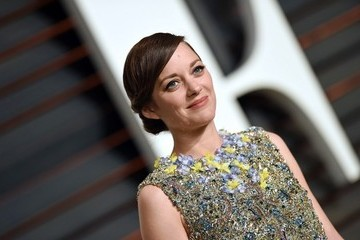 Marion Cotillard Stars at the Vanity Fair Oscar Party
