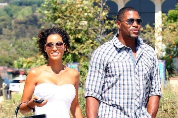 Michael Strahan Nicole Murphy Michael Strahan and Nicole Murphy Hold Hands