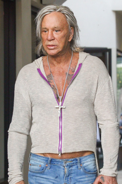 Sex god Mickey Rourke - Page 9