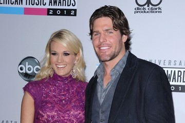 Mike Fisher Carrie Underwood American Music Awards 2012