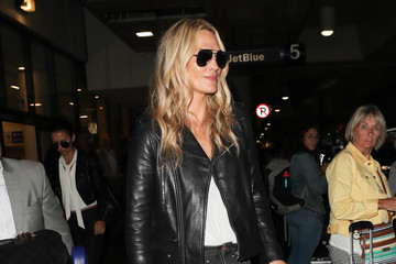Molly Sims Molly Sims at LAX