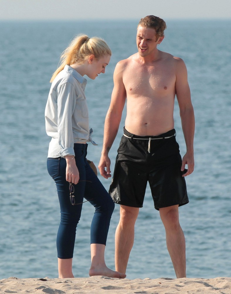 Dakota Fanning and Boyd Holbrook Photos Photos - Scenes from the Set ... Kate Bosworth