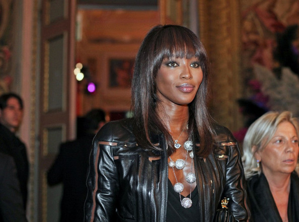 http://www1.pictures.zimbio.com/bg/Naomi+Campbell+Naomi+Campbell+Palazzo+Reale+aP389yVxPeZl.jpg